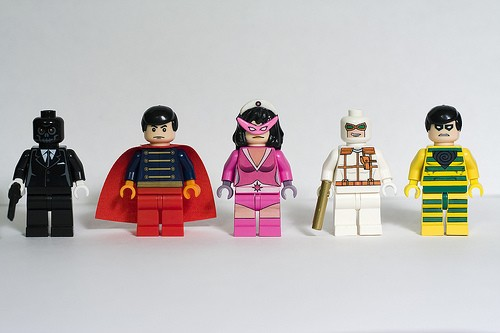 cd-hero-minifigs-wave-8
