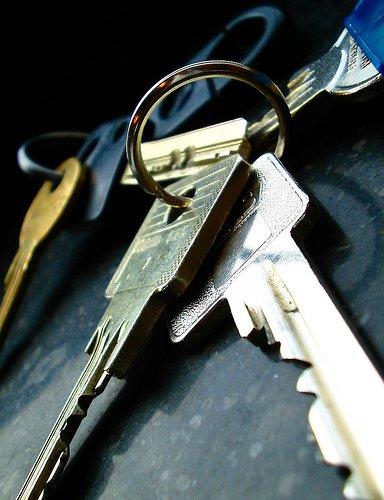 keys-stewart-leiwakabessy