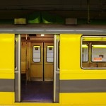 yellow-open-for-passengers-lrargerich